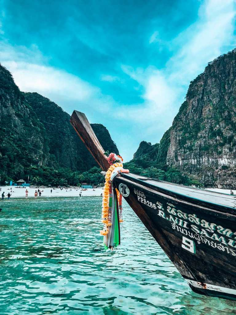 Picture of a traditional boat in Maya Bay